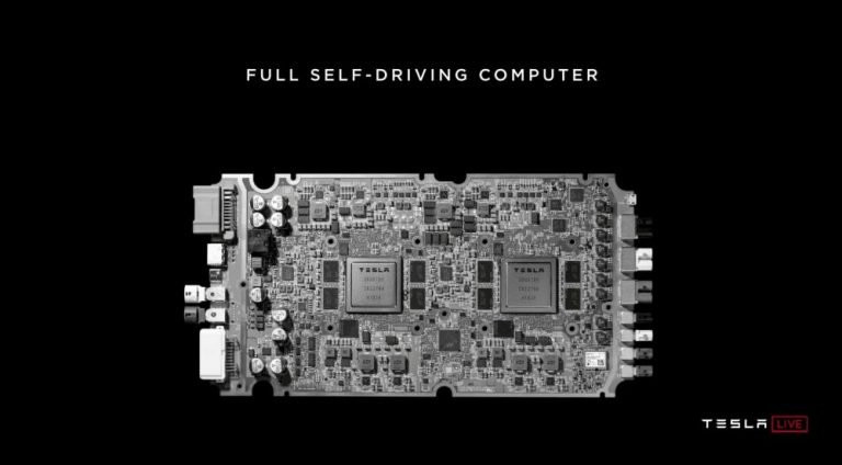 Nouvelle puce Tesla - Conduite autonome