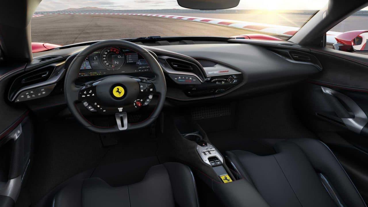 Ferrari SF90 Stradale intérieur