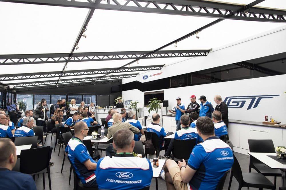 Team Unit (Ford) - 24 heures du Mans