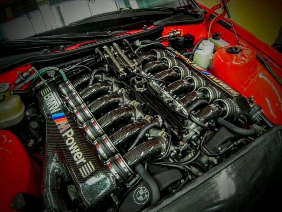 BMW moteur V12
