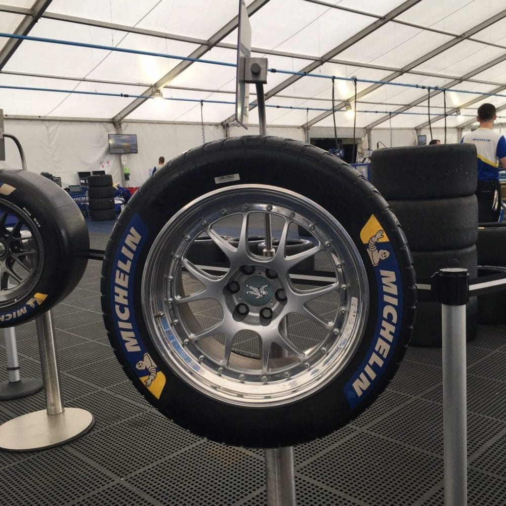 Pneus WET / Michelin Tour - 24 heures du Mans