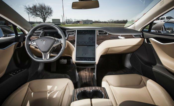 Intérieur Model S