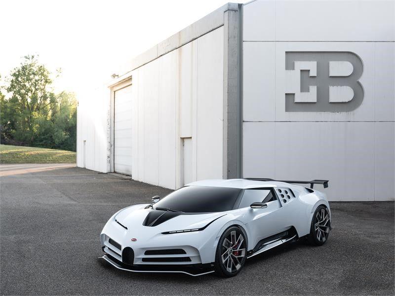 Nouvelle Bugatti EB110 Super Sport Centodieci