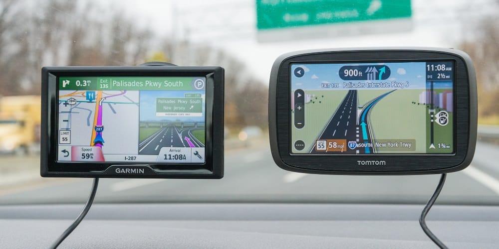 GPS de voiture ou via smartphone ?
