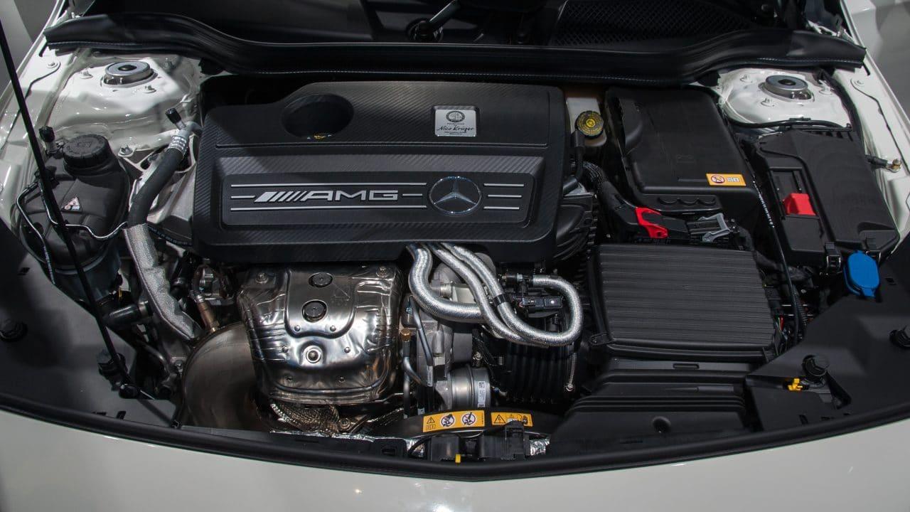 Mercedes moteur thermique