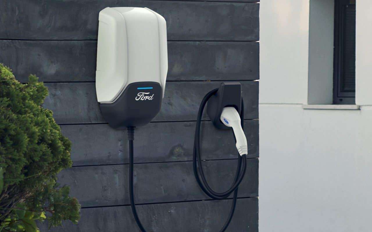 Voitures électriques : Ford offrira la recharge gratuite à tous pendant deux ans