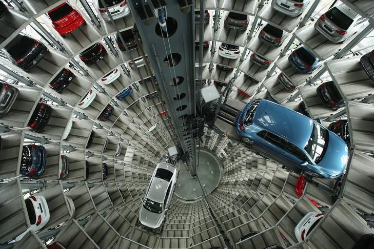 Les concessions automobiles obligées de stocker ses véhicules immatriculés