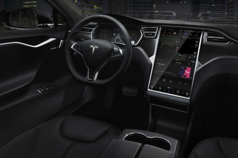 Guerre des écrans : Tesla Model X