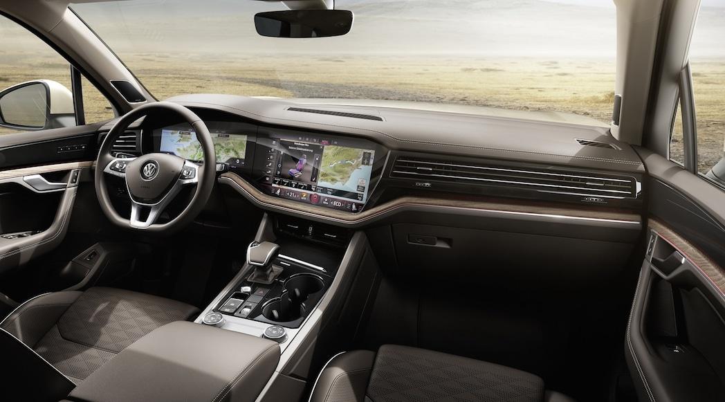 Guerre des écrans : VW Touareg