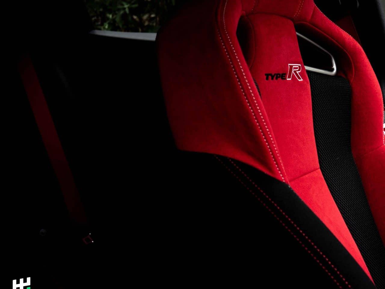 Sièges baquets avant de la Civic Type R FK8