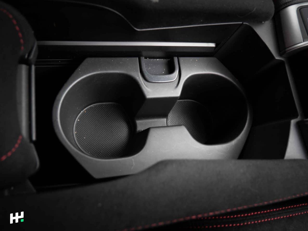 Porte gobelets de la Civic Type R FK8