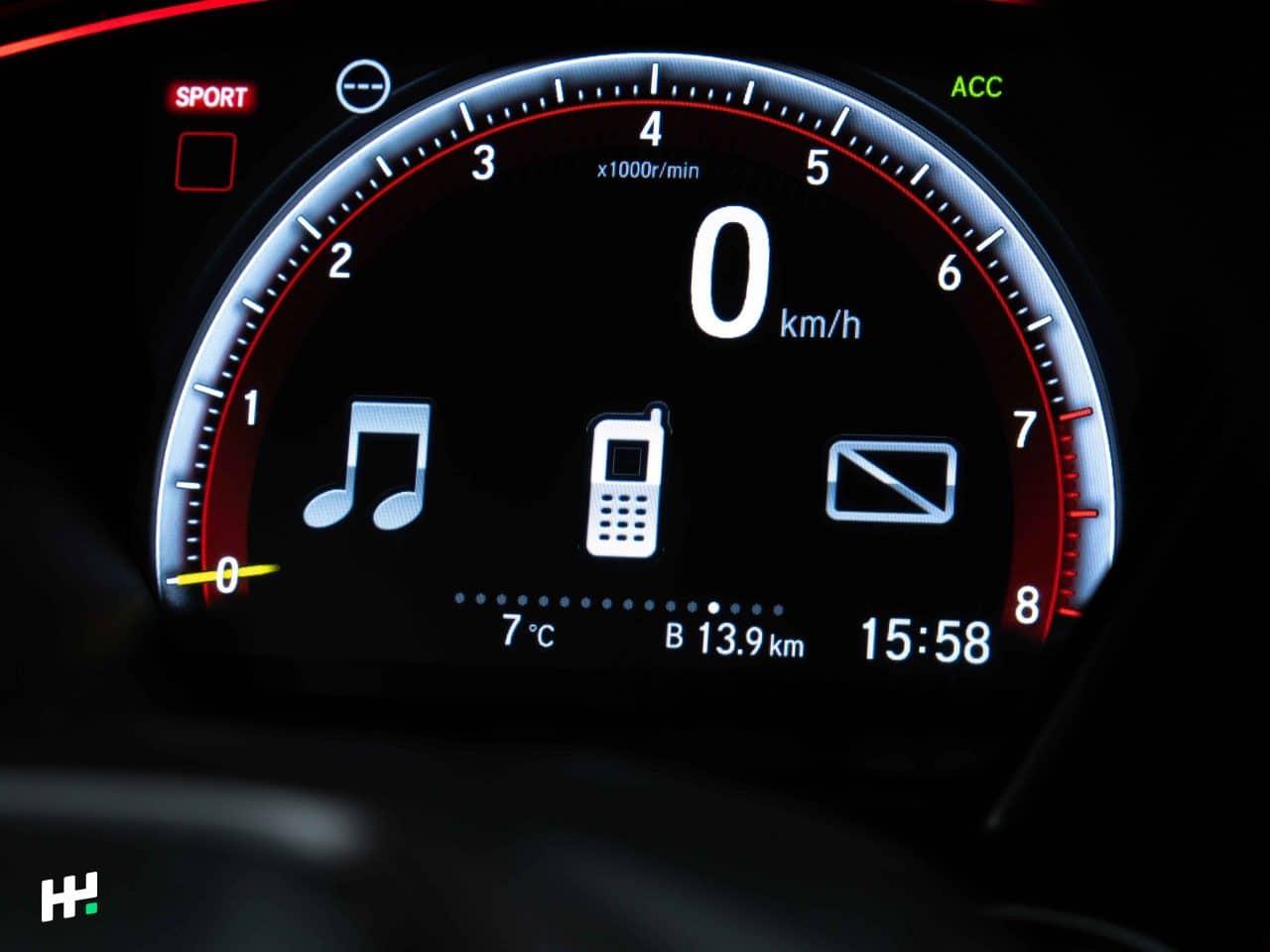 Compte tours digital de la Civic Type R FK8