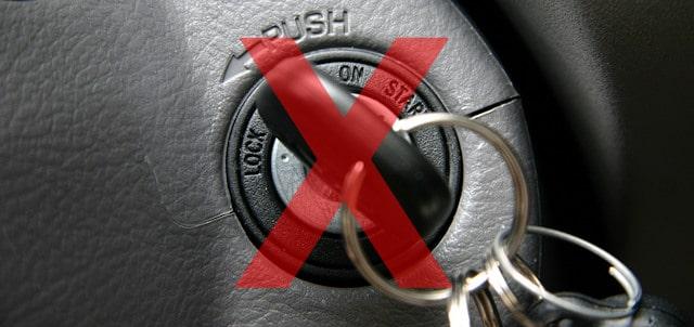 Laisser tourner moteur voiture