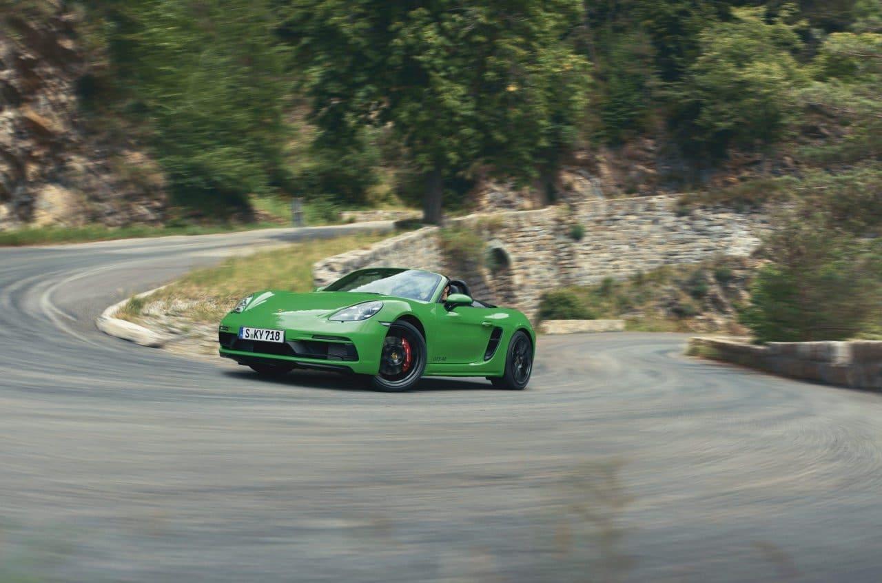 Retour du flat-6 Porsche dans les 718 Boxster/Cayman