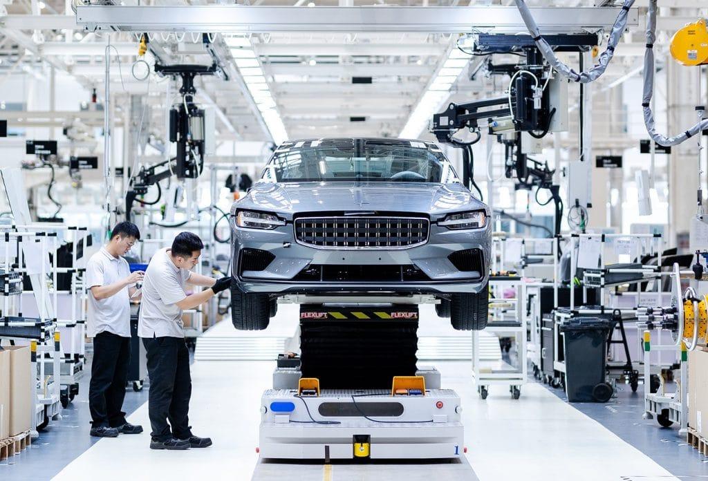 Volvo et Mercedes pourraient développer des moteurs en commun