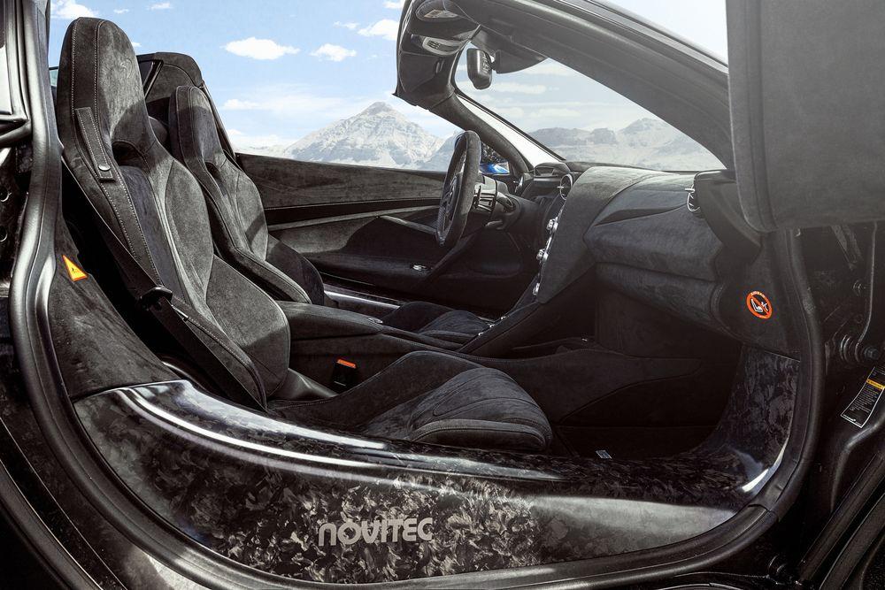 Intérieur de la McLaren 720S Spider N-Largo