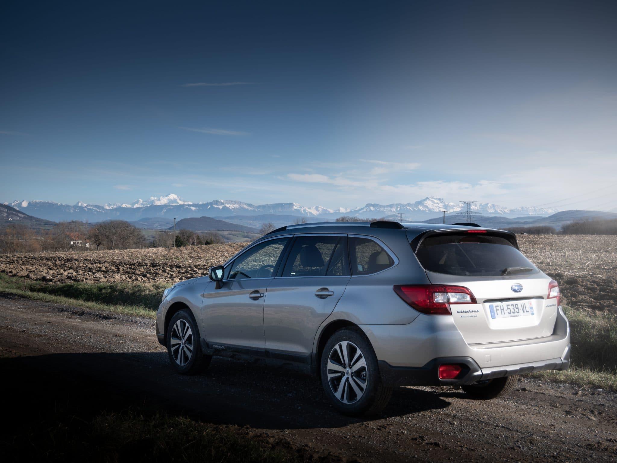 Arrière Subaru Outback