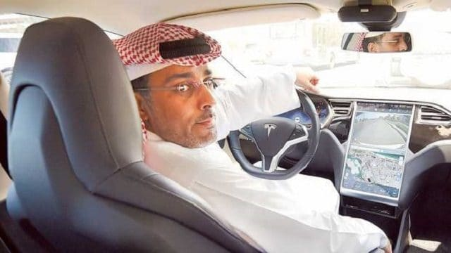 Tesla Arabie Saoudite