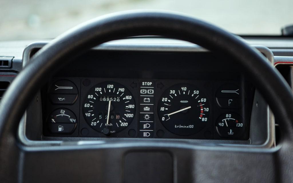 Au volant de la Citroën AX GT