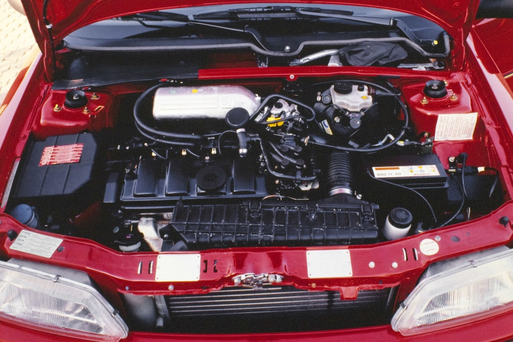 Moteur de la Peugeot 106 Rallye