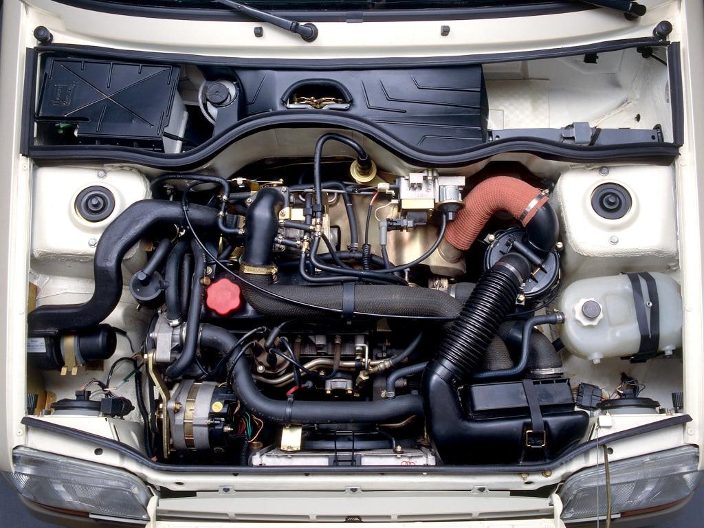 Moteur de la Renault Super 5 GT Turbo