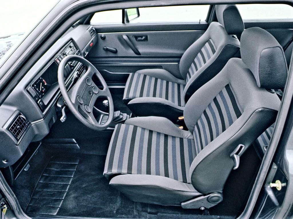 Intérieur Volkswagen Golf 2 GTI 16S