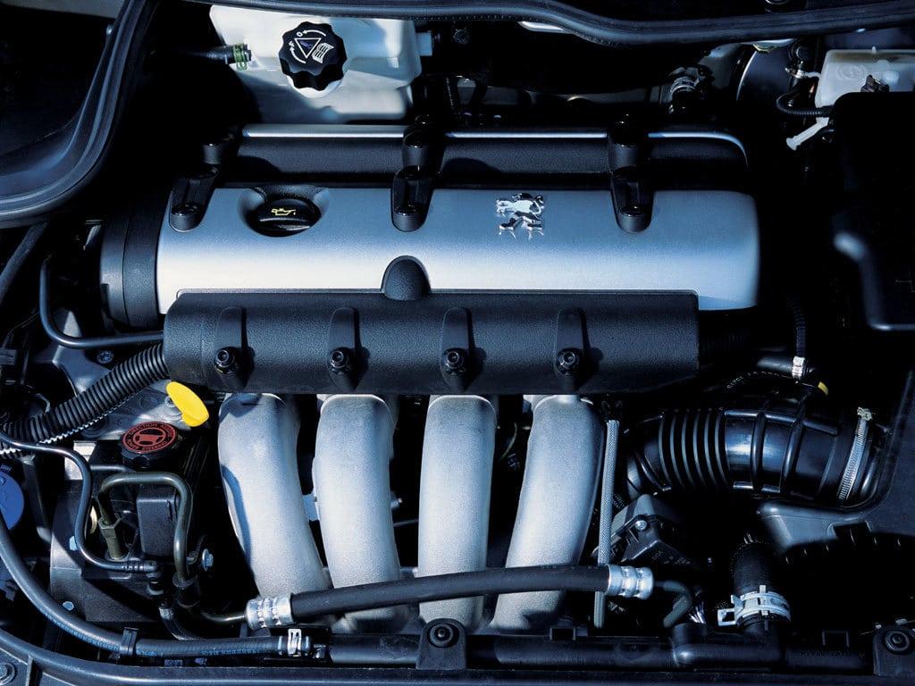 Moteur de la Peugeot 206 RC