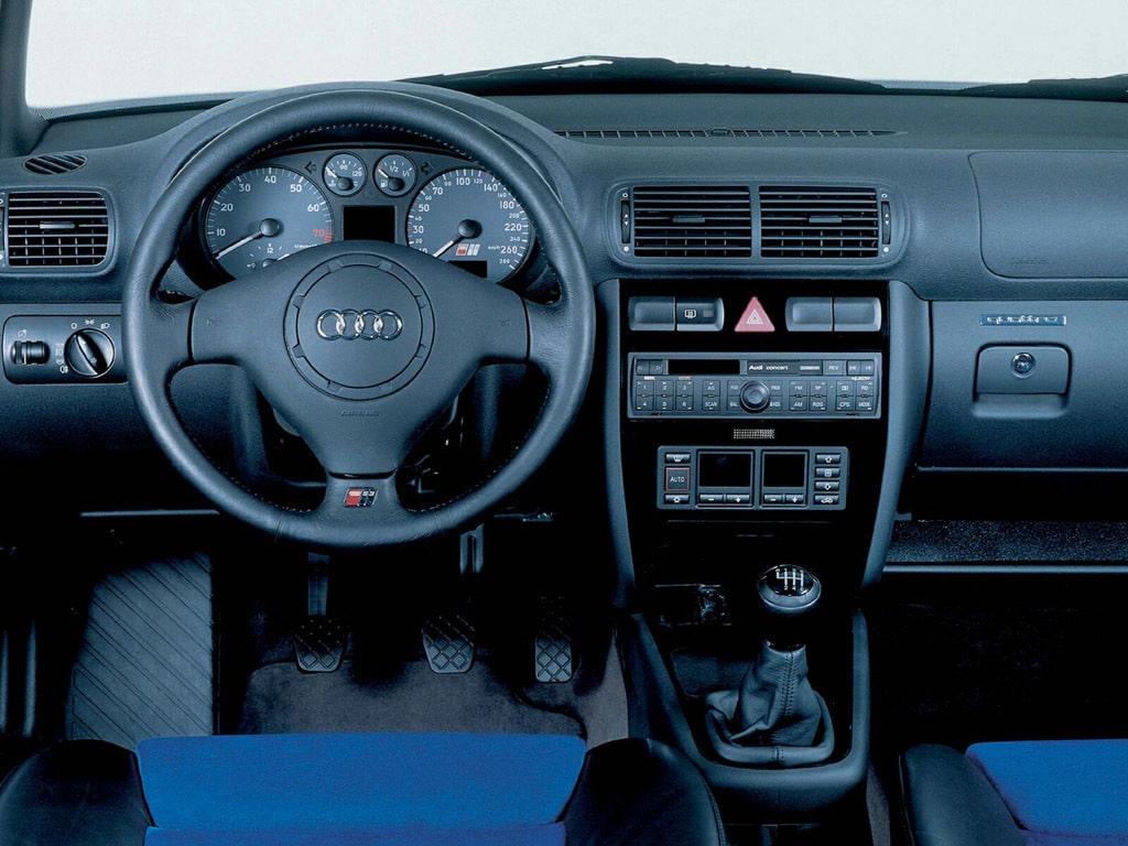 Intérieur Audi S3 (8L)