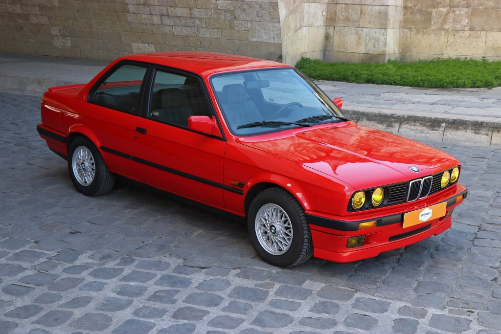 Dossier youngtimer BMW 318iS E30