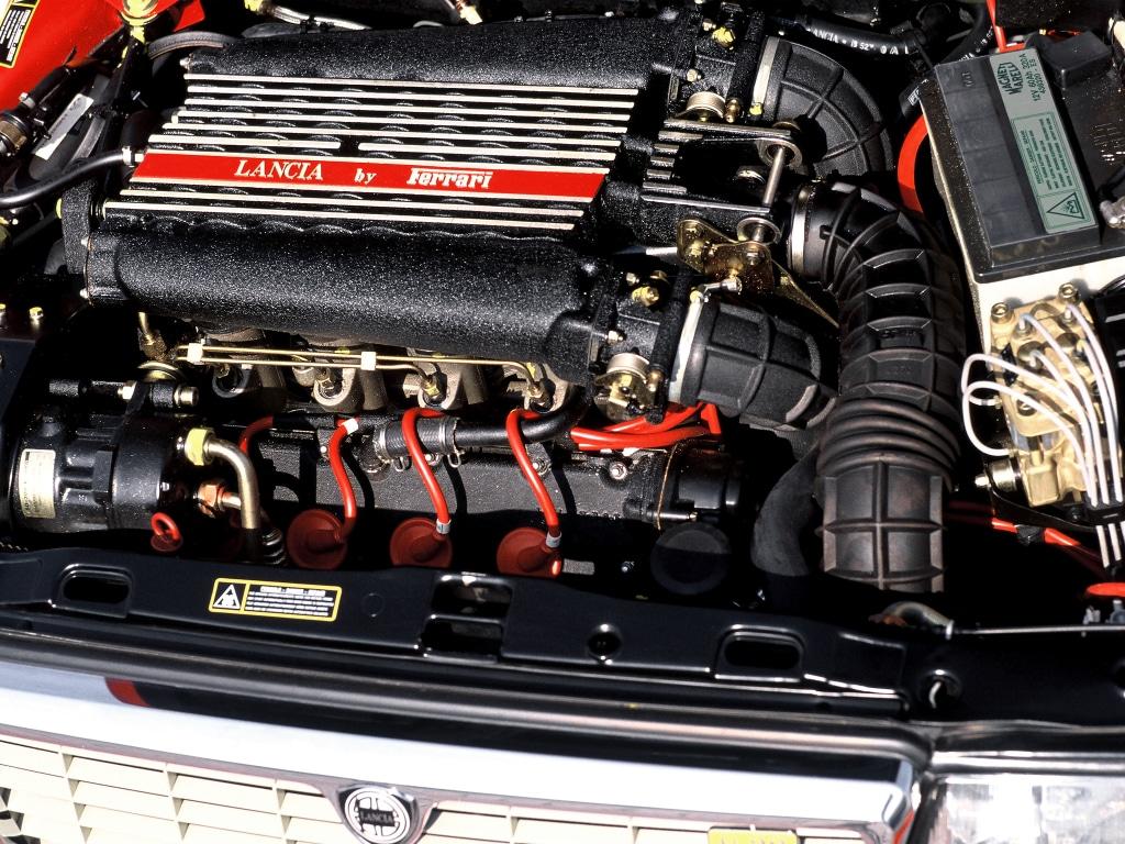 Moteur Ferrari de la Lancia Thema 8.32