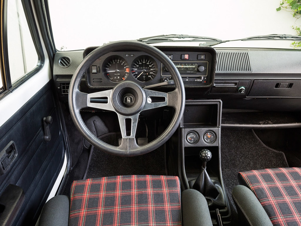 Intérieur Volkswagen Golf 1 GTI 1800