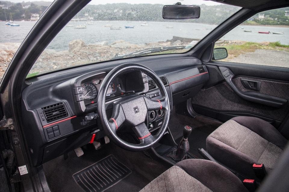 Intérieur Citroën ZX Volcane
