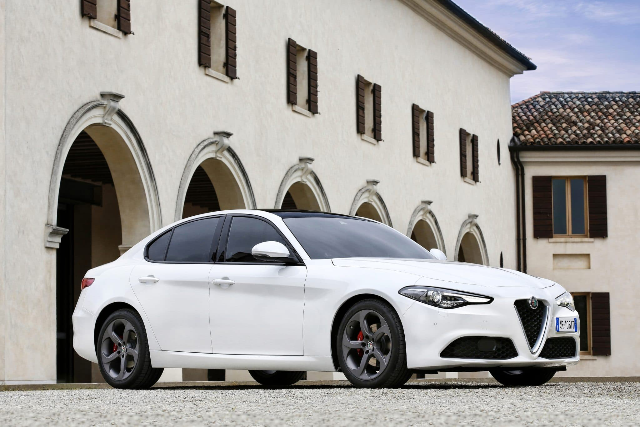 Alfa Romeo Giulia Sprint : voiture de papa