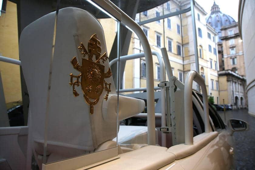 Papamobile Toyota Mirai Vatican