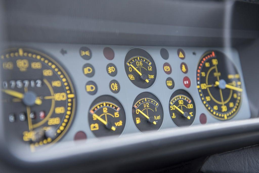 Tableau de bord Lancia Delta HF integrale