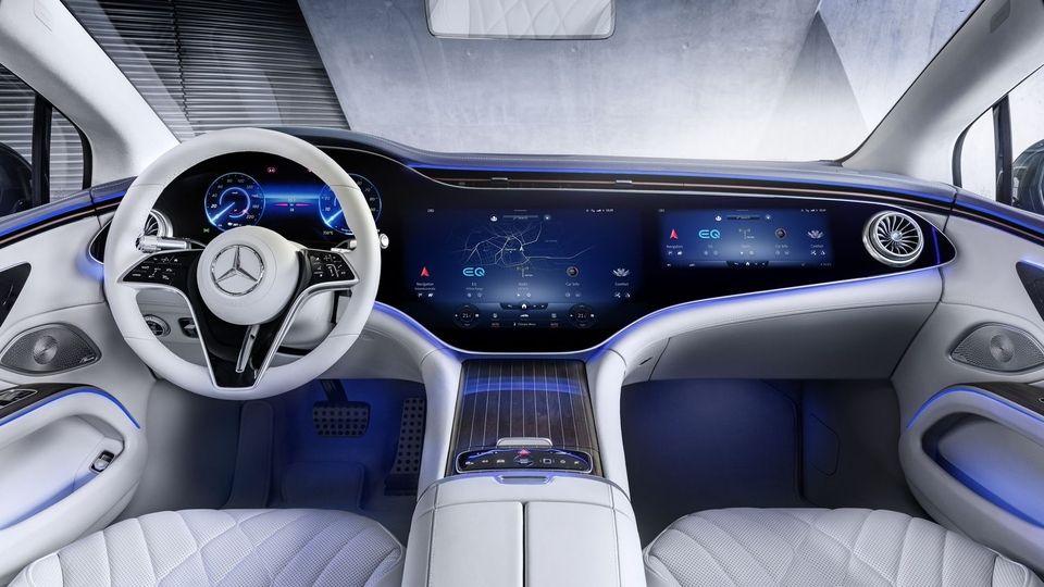 l'Hyperscreen de la Mercedes EQS