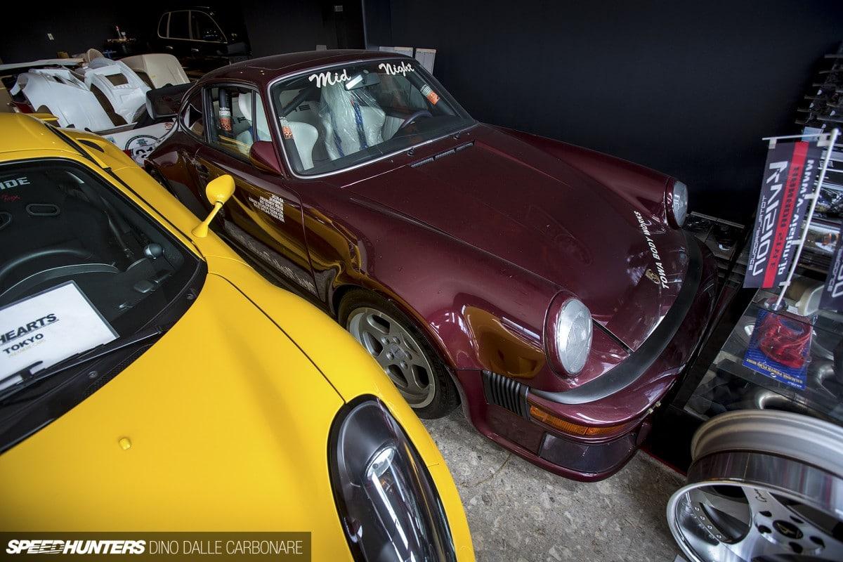 Porsche 930 du Mid Night Club