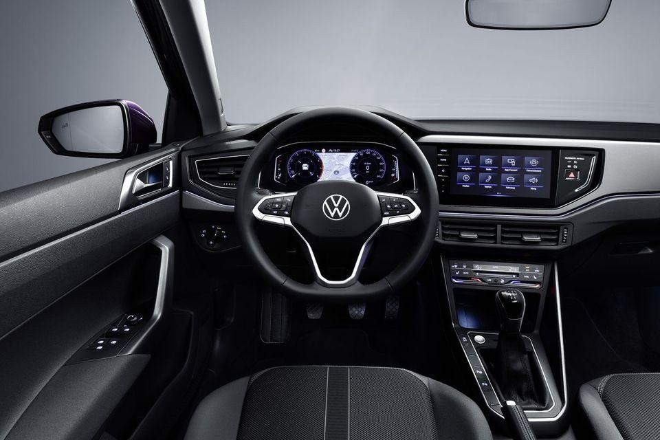 Intérieur de la Volkswagen Polo restylée 2021